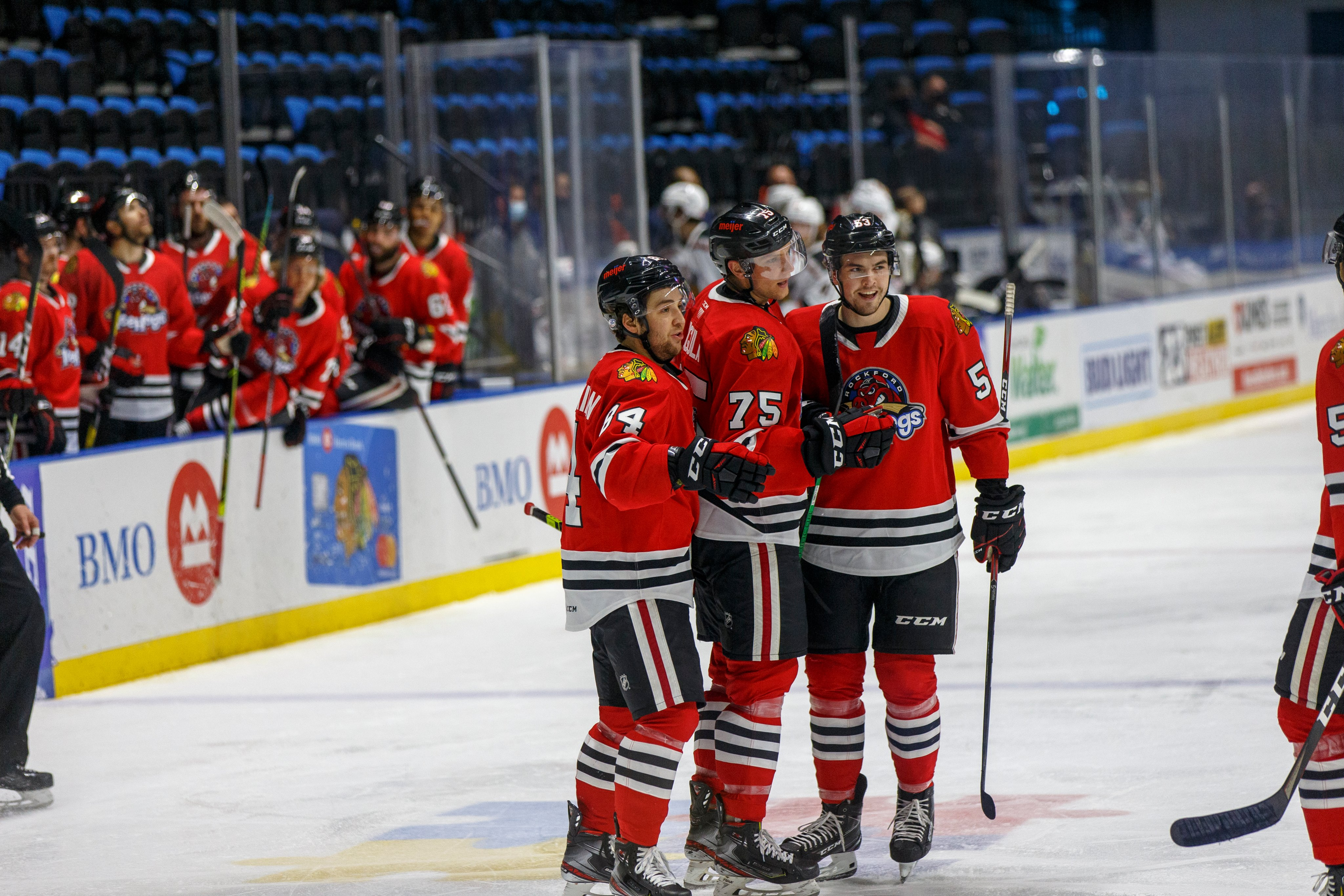 IceHogs Win